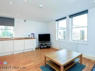 Hayter Road Sw2 - Double Bedroom