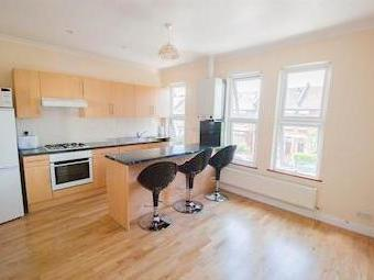 Connaught Road W13 - Refurbished