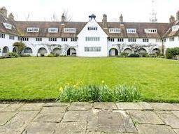 Waterlow Court, Hampstead Garden Suburb Nw11