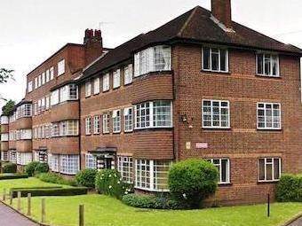 Cresta Court, Ealing W5 - Leasehold