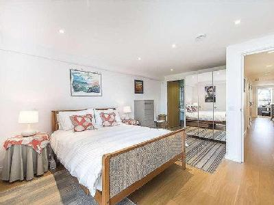 Flat for sale, Laycock Street