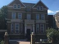 Flat to let, Bolton Road W4