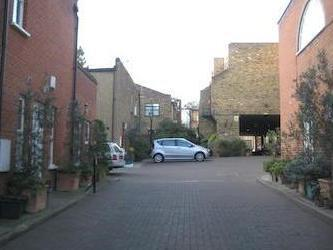 Maryon Mews, Hampstead Nw3