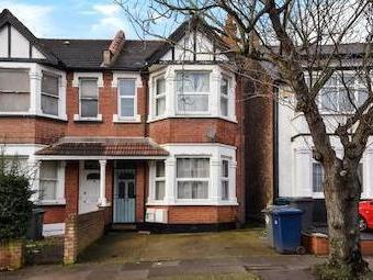 Audley Road Nw4 - Garden, Conversion