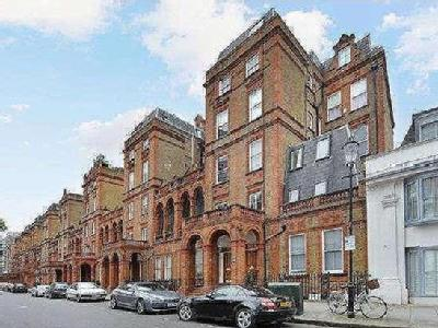 Flat 45-47 Courtfield Road - Freehold