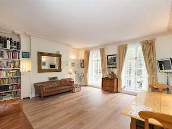 Flat to let, Strand Wc2r - Conversion