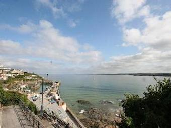 Fore Street, Newquay Tr7