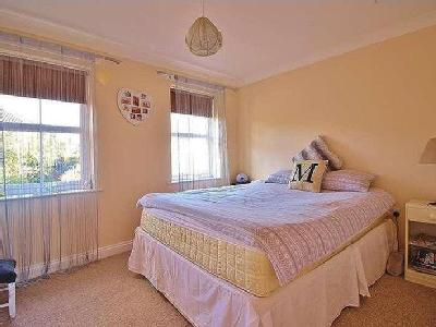 Flat for sale, Angel Road