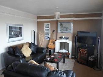 Brooksby Close, Oadby Le2 - Furnished