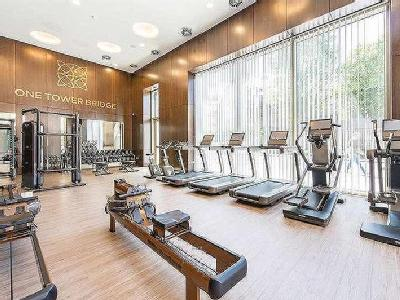 Flat for sale, Wessex House - Lift