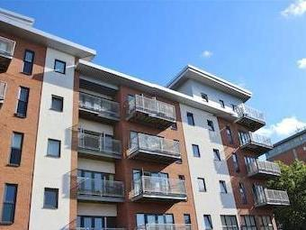 Lumen Court, Preston Pr1 - Dishwasher