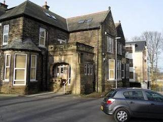 Meadhowhurst Gardens, Pudsey Ls28