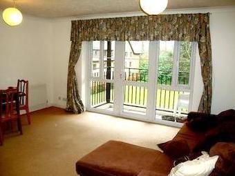 Top Floor Two Bedroom Apartment, Shinfield Road, Reading Rg2