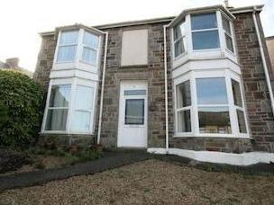 Flat to let, Redruth Tr15