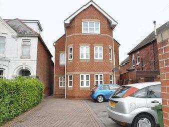 Winchester Road, Shirley, Southampton So16
