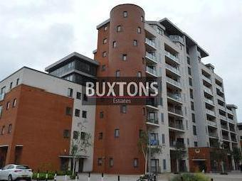 The Junction, Grays Place, Slough, Berkshire. Sl2