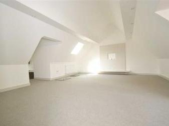 Overton Road, Sutton Sm2 - Penthouse