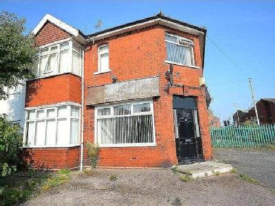 Flat to rent, Lugsdale Road