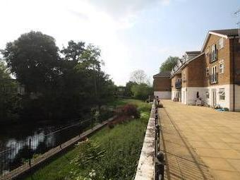 Old Mill Place, Wraysbury, Staines, Berkshire Tw19