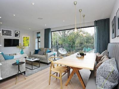 House for sale, Green Lane, W7