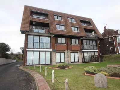 Greenhill, Weymouth, Dt4 - Lift