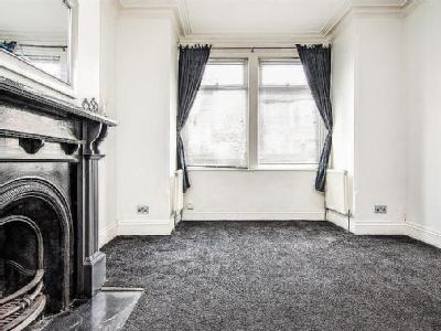Flat for sale, South Avenue
