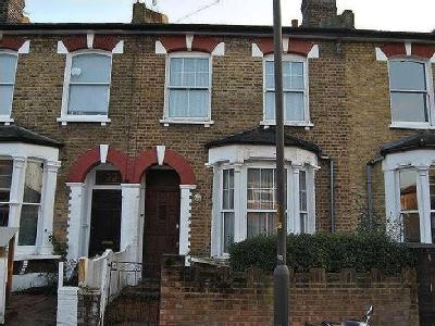 Wroxton Road, Se15 - Double Bedroom