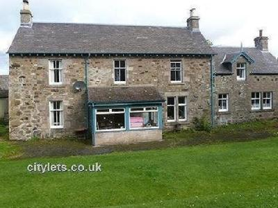Airntully, Bankfoot, Perthshire, Ph1