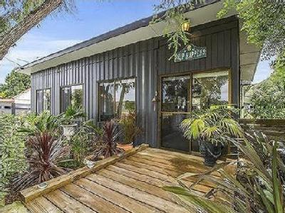 House to buy Dry Creek Road
