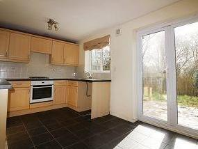 3 bedroom house to let - Garden