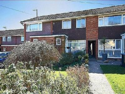 3.0 bedroom house to let