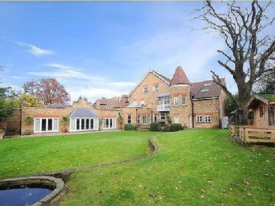 8 bedroom house for sale - Reception