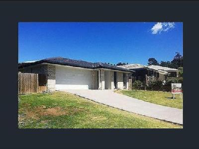 Fairview Court, Mooloolah Valley
