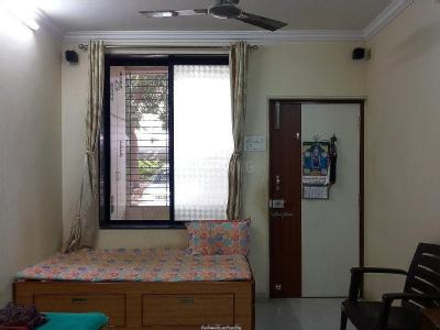Mulund West, Agra Road, Near Agra Road Bus Stop, Mulund Colony, Mumbai