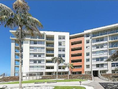 Ravenshaw Street, Newcastle West