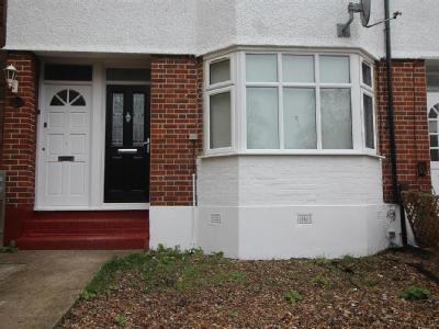 Flat to rent, Kirkdale, Se26 - Garden
