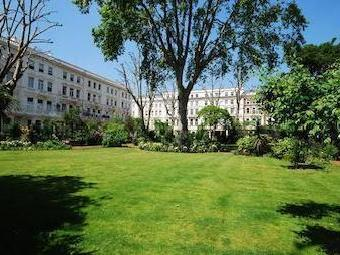 Earls Court Square, Earls Court Sw5