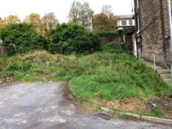 Industrial Road, Sowerby Bridge, West Yorkshire, Hx6