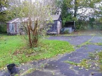 Hendre Road, Tycroes, Ammanford Sa18