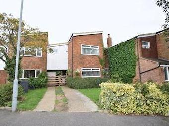 Saltdean Close, Luton Lu2 - Garden