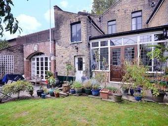 Dock Cottages, Wapping E1w - Garden