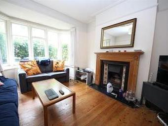House for sale, Nant Road Nw2