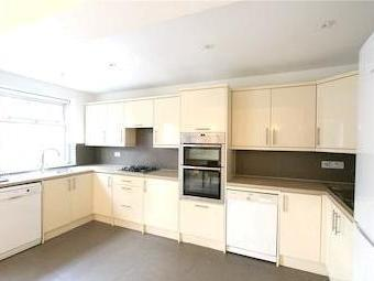 Haslemere Avenue Nw4 - Double Bedroom
