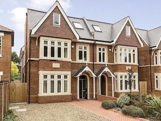 House for sale, The Avenue W13