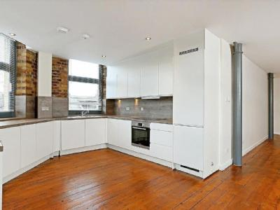 London Lane, E8 - En Suite, Reception