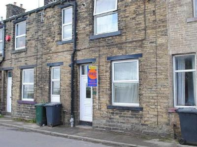 Luddenden Place, Queensbury, Bd13