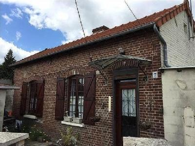 Parvillers le quesnoy maison en vente for Garage brihaye le quesnoy