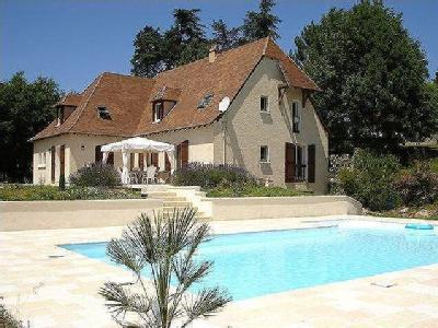 P charmant maison en vente for Piscine municipale bergerac