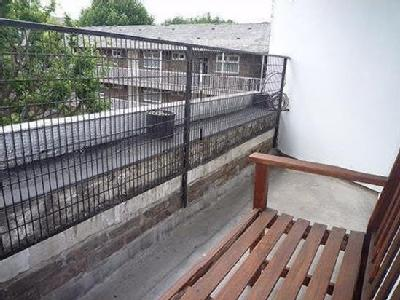 House to rent, Hind Grove - Balcony
