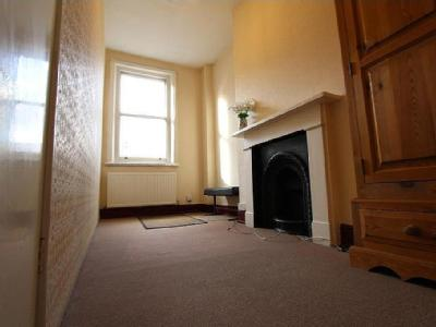 House to let, Upper Street